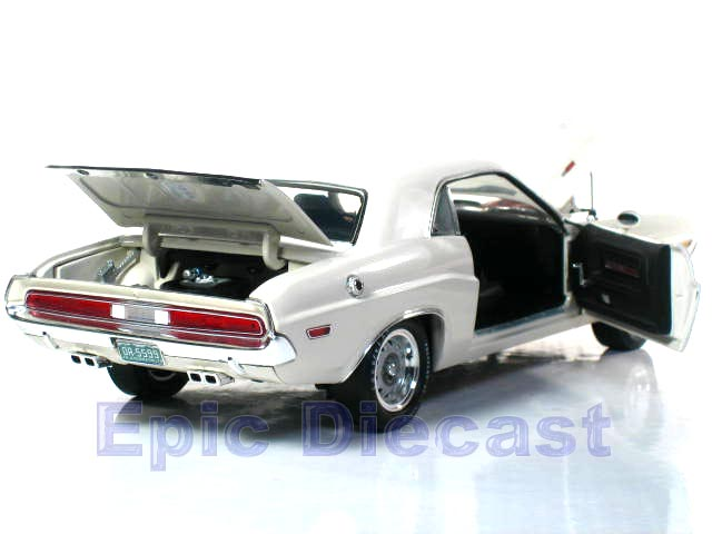 1970 Dodge Challenger R/T 1:18, Epic Diecast Cars from ...